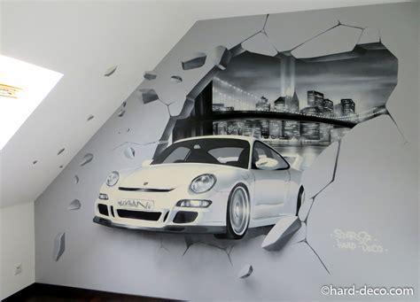 deco chambre garcon voiture fresque murale avec porsche mur cassé et baie de york