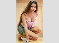 Bhojpuri Actress Monalisa Hot Cleavage Photos