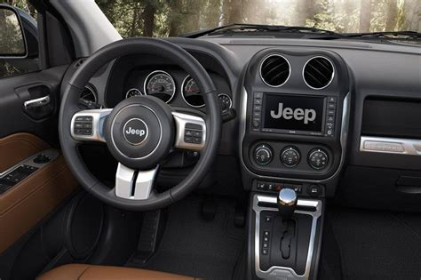jeep crossover interior new jeep compass all you need to know about the compact