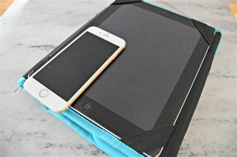 how to clean smartphone screen how to clean tablet screens and cell phones 4 real
