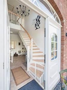 Steintreppe Renovieren Aussen : treppen in massivholz echtholzfurniere oder eine betontreppe mit fliesen oder holzbelag eco ~ Watch28wear.com Haus und Dekorationen
