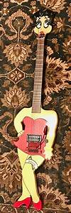 Johnson Betty Boop Guitar 1985