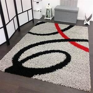 Tapis Shaggy Rouge : tapis shaggy moderne longues m ches hautes gris noir rouge ~ Teatrodelosmanantiales.com Idées de Décoration