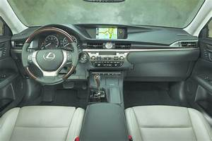 Lexus Es 350 Sedan Fresh Off A Full Redesign  Now Roomier