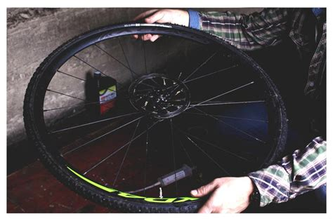 How To Fit A Tubeless Tyre