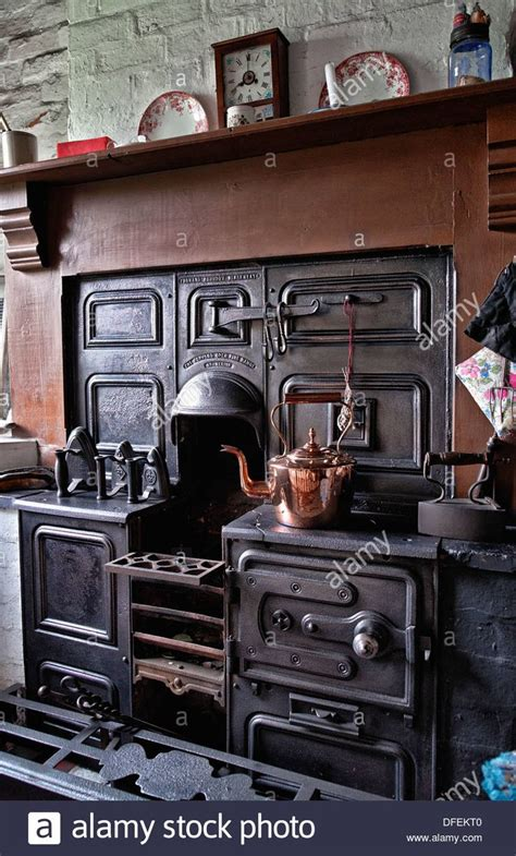 country kitchen stove 453 best images about 1920 s homes on 1920s 2898