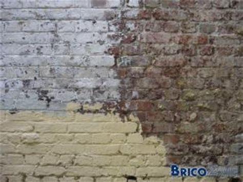 decaper un mur exterieur peint nettoyage vieux murs ext 233 rieurs en briques