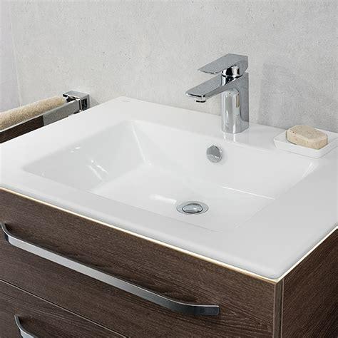 waschtisch mit unterschrank 50 cm camargue waschtisch 70 x 50 cm keramik wei 223 bauhaus