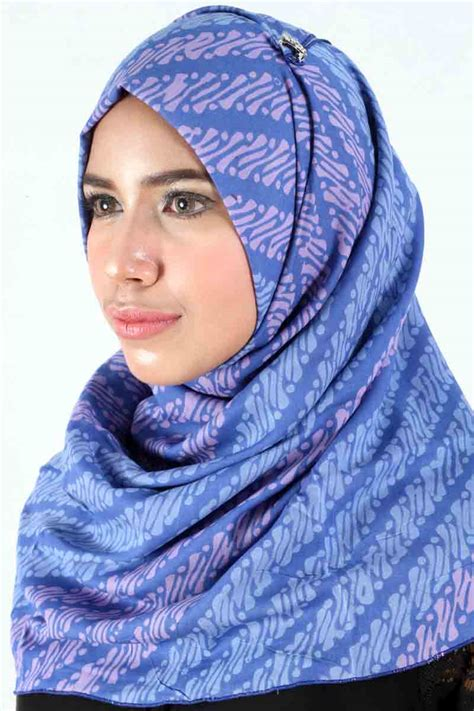 jual batik hijab square parang ungu muda tosca