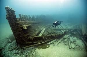 Shipwrecks, Underwater Art, Sunken Subway Cars: Unique ...