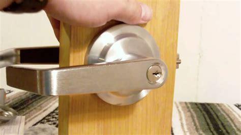 how to change a door knob storeroom function lever handle from www lockpeddler com