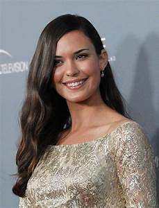 ODETTE ANNABLE at House Series Finale Wrap Party in Los ...