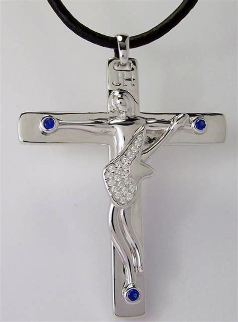 pendentif croix de johnny bijoux 224 la mode