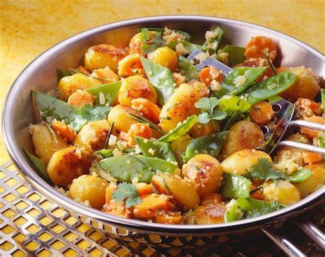comment cuisiner les pommes de terre poêlée de légumes recette au boulgour