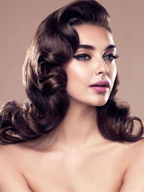popular long vintage hairstyles