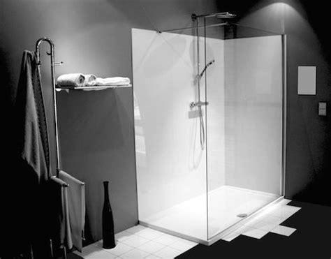 volkern badkamer naadloze douchemuren bubbles co is d 233 specialist in