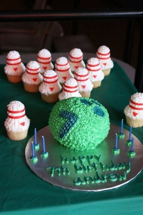 bowling cake   decorate  sports cake food