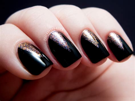 Hot New Year's Nail Designs