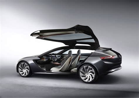 Opel Monza by Opel Monza Concept Is Range Extended Coupe Clue To Next Volt