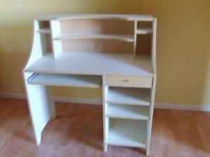 Bureau Ikea Enfant : construire une maison pour votre famille bureau junior ikea ~ Teatrodelosmanantiales.com Idées de Décoration