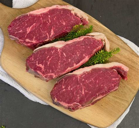 Here's everything you need to know about dry aging beef. Prime 21 Day Dry Aged British Sirloin Steak - Grasmere Farm