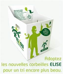 Recycler Le Papier C39est Simple Mme Au Bureau GUM