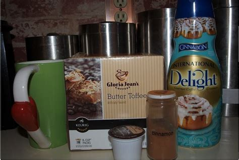 The famous taste of cinnabon cinnamon rolls swirled with the flavour of cream cheese frosting. * Perfect Taste for the Seasons * Butter Toffee flavored K cups, Cinnabon coffee creamer w/ a ...