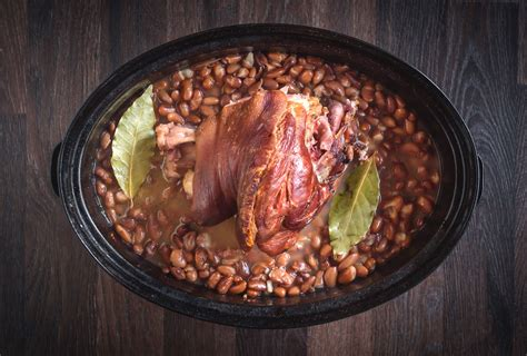 Or add a meat replacement to the beans, such as veggie. Southern Pinto Beans With Ham Hocks Recipe, Crock Pot
