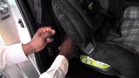 toyota yaris car seat latch system