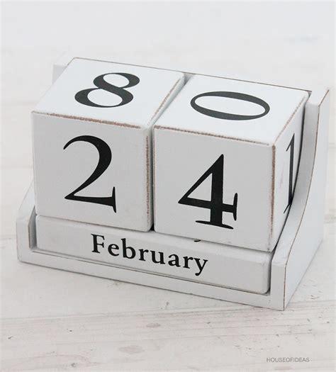 Cube calendar balck white   HOUSE of IDEAS Oriental