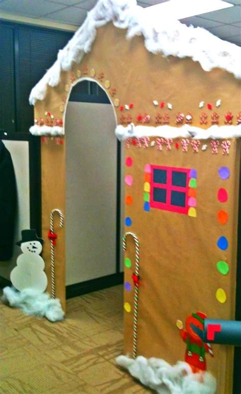 gingerbread house office cubicle decorations i want to turn my cubicle into a gingerbread house organisation cubicle