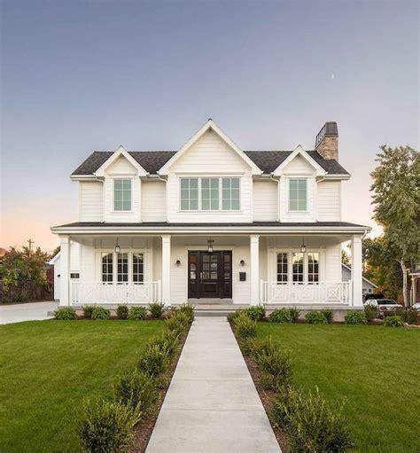 Modern Home Design Ideas Exterior by Modern Farmhouse Exterior Designs 16 Insidecorate