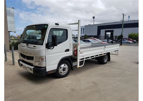 mitsubishi truck pictures used 2016 mitsubishi fuso canter 615 tray truck in