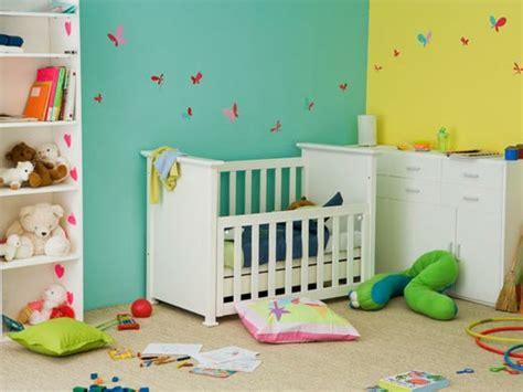 chambre bébé jumeaux la peinture chambre bébé 70 idées sympas