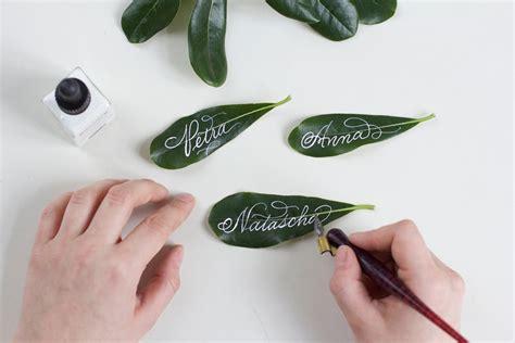 kalligraphie diy blaetter tischkaertchen  love handmade