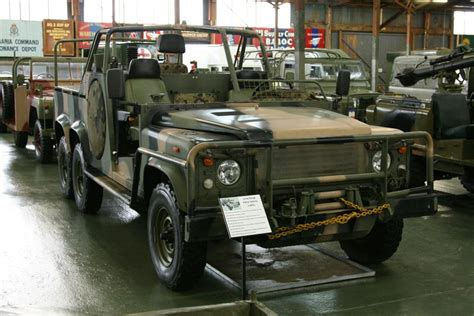 land rover australian army museum bandiana remlr