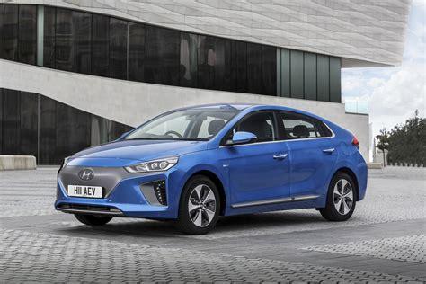 Electric Auto by New Hyundai Ioniq 88kw Electric Premium 28kwh 5dr Auto