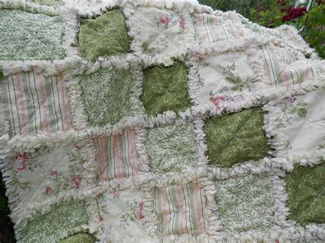 shabby chic baby quilt 32 best images about emelia rag quilt on pinterest quilt