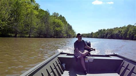 12 Foot Extra Wide Jon Boat by 20140420 New Lowe 20 Ft Jon Boat Motor Breakin Pt 1 Mp4