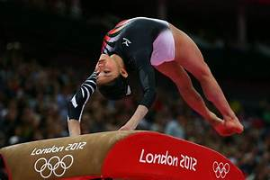 Yuko Shintake Photos Photos - Olympics Day 2 - Gymnastics ...