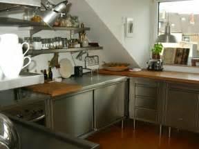 die grüne küche edelstahl küche 58 elegante beispiele