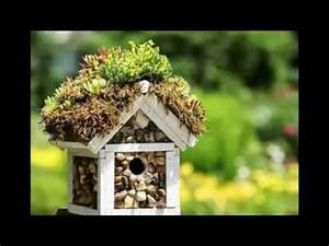 Vogelhäuschen Bauen Anleitung : 25 beste idee n over vogelhaus selber bauen op pinterest selbst bauen vogelhaus vogelhaus ~ Markanthonyermac.com Haus und Dekorationen