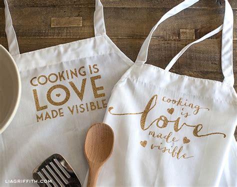 custom apron   glitter iron  quote