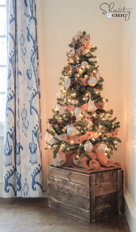 how to decorate small christmas tree diy christmas tree crate shanty2chic bloglovin
