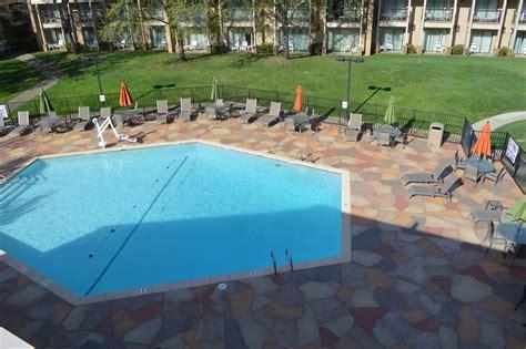 Swimming Pool Contractor  Blue Diamond Pools, Redding