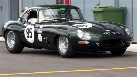 Jaguar E-Type Race Car LOUD SOUND - YouTube