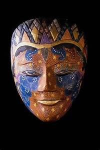 Cool Mask Collection around World – Design Swan