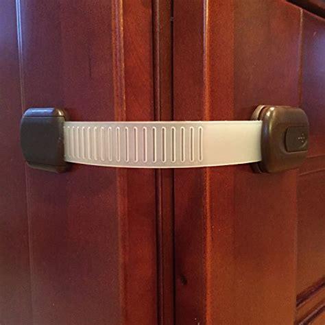 baby proof kitchen cabinets diy kitchen safety child safety locks latches cabinet