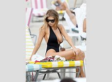 Charlotte McKinney's bust on display in Miami Daily Mail