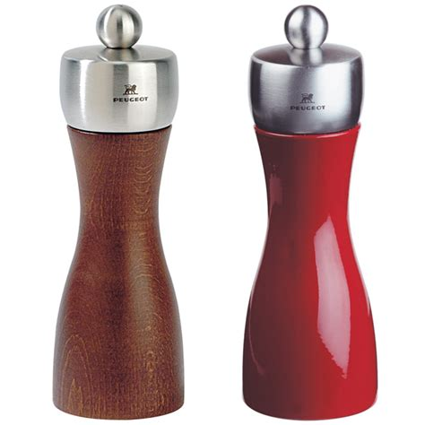 Peugeot Salt And Pepper Mills by Peugeot Fidji Salt And Pepper Mill Drinkstuff